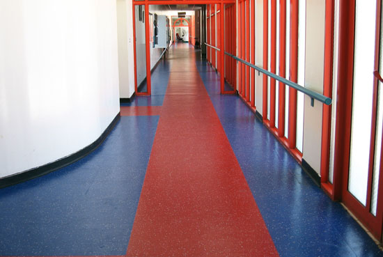 Rubber tiles rubber floor tiles for commercial buildings for Best wearing carpet for high traffic areas